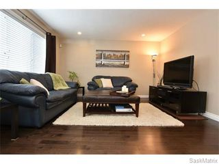 Photo 10: 5325 DEVINE Drive in Regina: Lakeridge Addition Single Family Dwelling for sale (Regina Area 01)  : MLS®# 598205