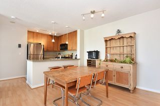 "Photo 5: 901 1316 W 11TH Avenue in Vancouver: Fairview VW Condo for sale in ""The Compton"" (Vancouver West)  : MLS®# R2138686"