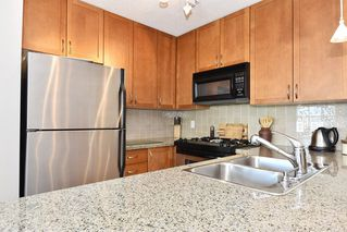 "Photo 6: 901 1316 W 11TH Avenue in Vancouver: Fairview VW Condo for sale in ""The Compton"" (Vancouver West)  : MLS®# R2138686"