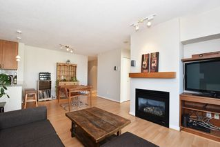"Photo 4: 901 1316 W 11TH Avenue in Vancouver: Fairview VW Condo for sale in ""The Compton"" (Vancouver West)  : MLS®# R2138686"