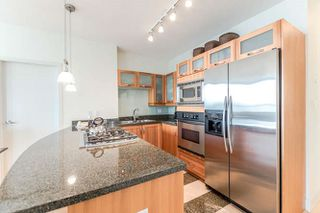 "Photo 5: 2303 1228 W HASTINGS Street in Vancouver: Coal Harbour Condo for sale in ""THE PALLADIO"" (Vancouver West)  : MLS®# R2159180"