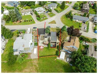 Photo 2: 2721 Northeast 17 Street in Salmon Arm: Appleyard House for sale (NE Salmon Arm)  : MLS®# 10134504