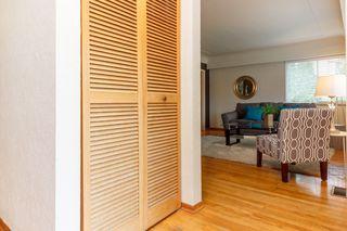 Photo 3: 1364 Finlayson St in VICTORIA: Vi Mayfair House for sale (Victoria)  : MLS®# 759051