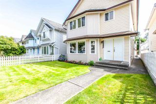 Photo 2: 3518 NAPIER Street in Vancouver: Renfrew VE House for sale (Vancouver East)  : MLS®# R2176515