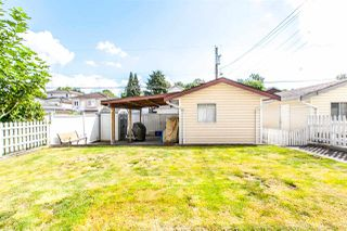 Photo 18: 3518 NAPIER Street in Vancouver: Renfrew VE House for sale (Vancouver East)  : MLS®# R2176515