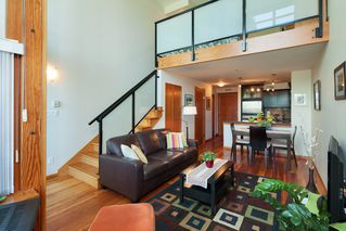 "Photo 9: 208 10 RENAISSANCE Square in New Westminster: Quay Condo for sale in ""MURANO LOFTS"" : MLS®# R2189938"
