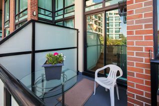 "Photo 16: 208 10 RENAISSANCE Square in New Westminster: Quay Condo for sale in ""MURANO LOFTS"" : MLS®# R2189938"
