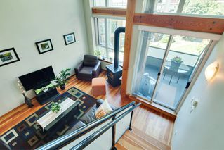 "Photo 11: 208 10 RENAISSANCE Square in New Westminster: Quay Condo for sale in ""MURANO LOFTS"" : MLS®# R2189938"