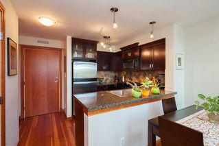 "Photo 2: 208 10 RENAISSANCE Square in New Westminster: Quay Condo for sale in ""MURANO LOFTS"" : MLS®# R2189938"