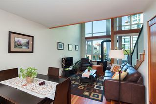 "Photo 6: 208 10 RENAISSANCE Square in New Westminster: Quay Condo for sale in ""MURANO LOFTS"" : MLS®# R2189938"