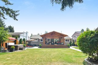 Photo 20: 15489 OXENHAM AVENUE: White Rock House for sale (South Surrey White Rock)  : MLS®# R2196040