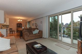 "Photo 6: 203 1429 MERKLIN Street: White Rock Condo for sale in ""Kensington Manor"" (South Surrey White Rock)  : MLS®# R2203137"
