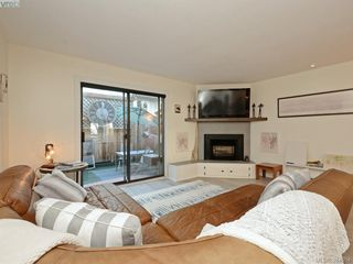 Photo 5: 2 1119 View St in VICTORIA: Vi Downtown Row/Townhouse for sale (Victoria)  : MLS®# 773188