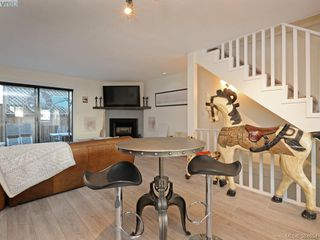 Photo 7: 2 1119 View St in VICTORIA: Vi Downtown Row/Townhouse for sale (Victoria)  : MLS®# 773188