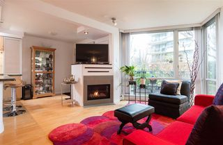 Photo 5: TH103 1288 MARINASIDE CRESCENT in Vancouver: Yaletown Townhouse for sale (Vancouver West)  : MLS®# R2229944