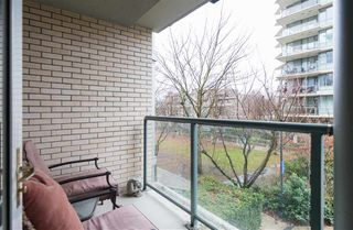 Photo 14: TH103 1288 MARINASIDE CRESCENT in Vancouver: Yaletown Townhouse for sale (Vancouver West)  : MLS®# R2229944