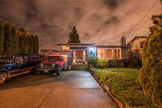 Photo 1: 7113 NICHOLSON Road in Delta: Sunshine Hills Woods House for sale (N. Delta)  : MLS®# R2232076