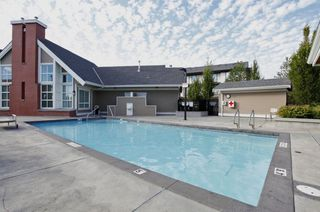 Photo 6: 48 19433 68 Avenue in Surrey: Clayton Townhouse for sale (Cloverdale)  : MLS®# R2247195