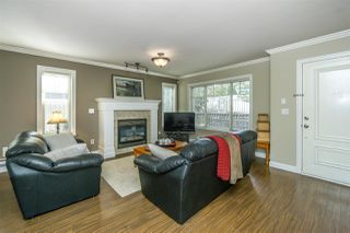 "Photo 4: 26 6238 192 Street in Surrey: Cloverdale BC Townhouse for sale in ""Bakerview Terrace"" (Cloverdale)  : MLS®# R2248106"