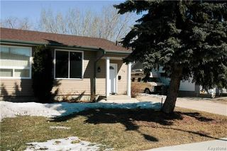 Photo 2: 235 Fairlane Avenue in Winnipeg: Crestview Residential for sale (5H)  : MLS®# 1807343