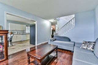 "Photo 4: 31 7330 122 Street in Surrey: West Newton Townhouse for sale in ""STRAWBERRY HILL ESTATES"" : MLS®# R2267551"