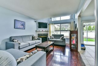 "Photo 5: 31 7330 122 Street in Surrey: West Newton Townhouse for sale in ""STRAWBERRY HILL ESTATES"" : MLS®# R2267551"