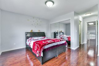 """Photo 7: 31 7330 122 Street in Surrey: West Newton Townhouse for sale in """"STRAWBERRY HILL ESTATES"""" : MLS®# R2267551"""