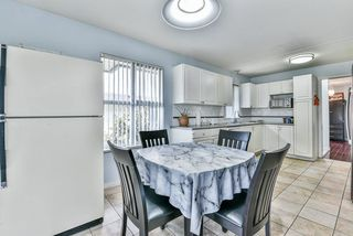 """Photo 17: 31 7330 122 Street in Surrey: West Newton Townhouse for sale in """"STRAWBERRY HILL ESTATES"""" : MLS®# R2267551"""