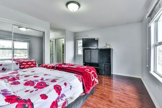 """Photo 8: 31 7330 122 Street in Surrey: West Newton Townhouse for sale in """"STRAWBERRY HILL ESTATES"""" : MLS®# R2267551"""