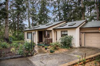 Photo 19: 1019 Parkway Dr in BRENTWOOD BAY: CS Brentwood Bay House for sale (Central Saanich)  : MLS®# 787211