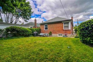 Photo 19: 1236 Warden Avenue in Toronto: Wexford-Maryvale House (Bungalow) for sale (Toronto E04)  : MLS®# E4154840