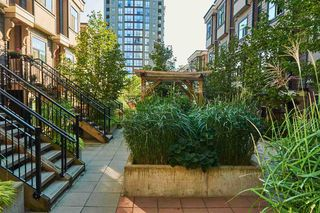 """Photo 20: 112 828 ROYAL Avenue in New Westminster: Downtown NW Townhouse for sale in """"Brickstone Walk"""" : MLS®# R2293175"""
