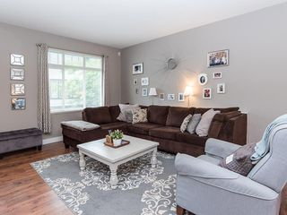 """Photo 2: 24 19932 70 Avenue in Langley: Willoughby Heights Townhouse for sale in """"SUMMERWOOD"""" : MLS®# R2308765"""