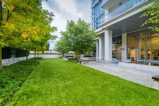 """Photo 17: 1503 608 BELMONT Street in New Westminster: Uptown NW Condo for sale in """"VICEROY"""" : MLS®# R2330668"""