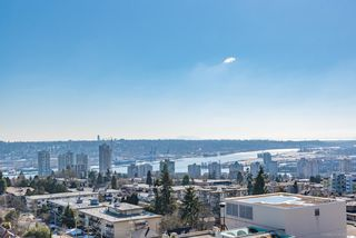 """Photo 15: 1503 608 BELMONT Street in New Westminster: Uptown NW Condo for sale in """"VICEROY"""" : MLS®# R2330668"""