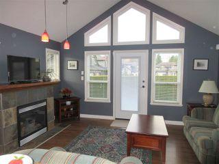 "Photo 2: 28 46225 RANCHERO Drive in Chilliwack: Sardis West Vedder Rd Townhouse for sale in ""Ranchero Estates"" (Sardis)  : MLS®# R2330971"