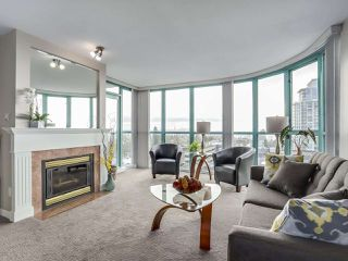 "Photo 3: 1205 612 SIXTH Street in New Westminster: Uptown NW Condo for sale in ""THE WOODWARD"" : MLS®# R2331401"