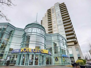 """Photo 1: 1205 612 SIXTH Street in New Westminster: Uptown NW Condo for sale in """"THE WOODWARD"""" : MLS®# R2331401"""