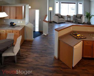 Photo 2: 15039 133 Street in Edmonton: Zone 27 House for sale : MLS®# E4140956