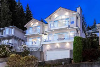 Main Photo: 4238 ST. PAULS Avenue in North Vancouver: Upper Lonsdale House for sale : MLS®# R2334404