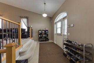Photo 2: 18524 49 Avenue in Edmonton: Zone 20 House for sale : MLS®# E4143499