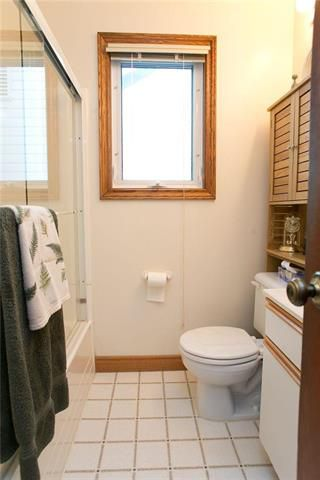 Photo 10: 433 St Jean Baptiste Street in Winnipeg: St Boniface Residential for sale (2A)  : MLS®# 1903031