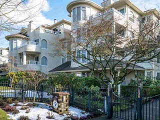 "Main Photo: 305 7620 COLUMBIA Street in Vancouver: Marpole Condo for sale in ""Spring at Langara"" (Vancouver West)  : MLS®# R2341555"