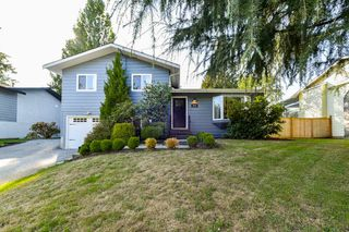 Main Photo: 3545 OLD CLAYBURN Road in Abbotsford: Abbotsford East House for sale : MLS®# R2346595