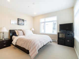 """Photo 15: 2709 GUELPH Street in Vancouver: Mount Pleasant VE Townhouse for sale in """"THE BLOCK"""" (Vancouver East)  : MLS®# R2357559"""