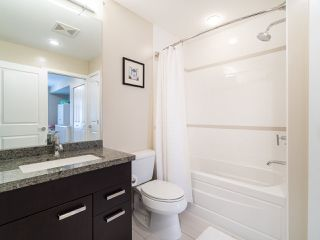 """Photo 13: 2709 GUELPH Street in Vancouver: Mount Pleasant VE Townhouse for sale in """"THE BLOCK"""" (Vancouver East)  : MLS®# R2357559"""