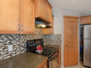 Photo 10: 42 BRIGHTONDALE Park SE in Calgary: New Brighton Detached for sale : MLS®# C4238609