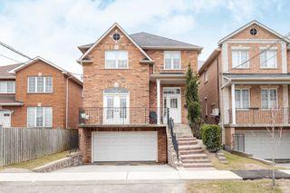 Main Photo: 249 Cocksfield Avenue in Toronto: Bathurst Manor House (2-Storey) for lease (Toronto C06)  : MLS®# C4415759