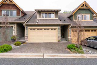 """Main Photo: 33 46840 RUSSELL Road in Sardis: Promontory Townhouse for sale in """"Timber Ridge"""" : MLS®# R2361896"""