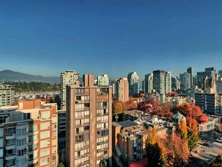 "Photo 18: 1101 1860 ROBSON Street in Vancouver: West End VW Condo for sale in ""Stanley Park Place"" (Vancouver West)  : MLS®# R2363847"